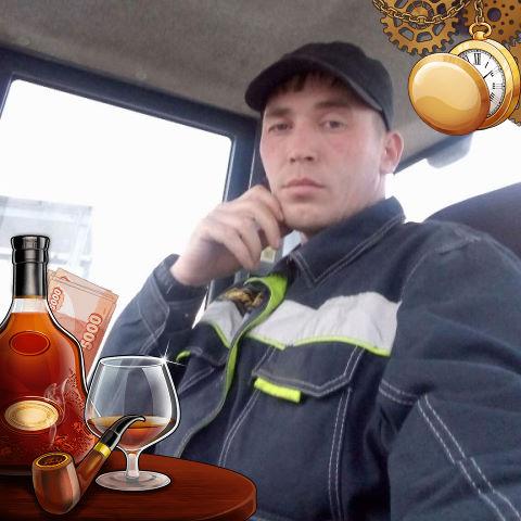 ((( Александр, 29, Ostroga