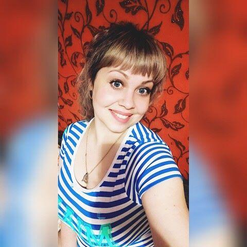 Юленька, 34, Uglekamensk