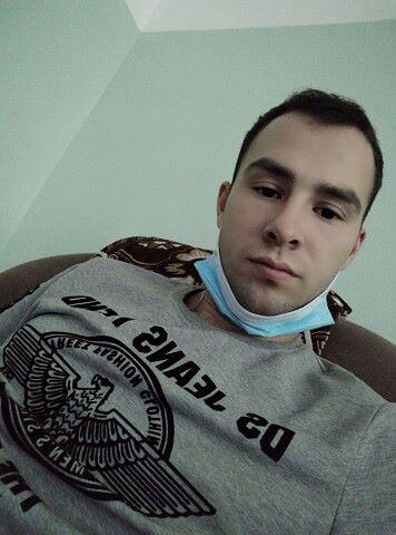 Максим, 23, Unecha