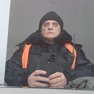 Владимир Арцебашев