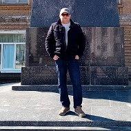 Дмитрий Курьянов