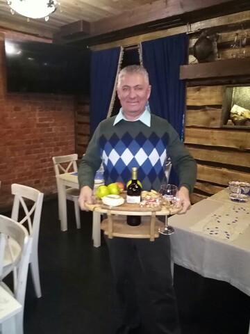 Vladimir, 59, Murino