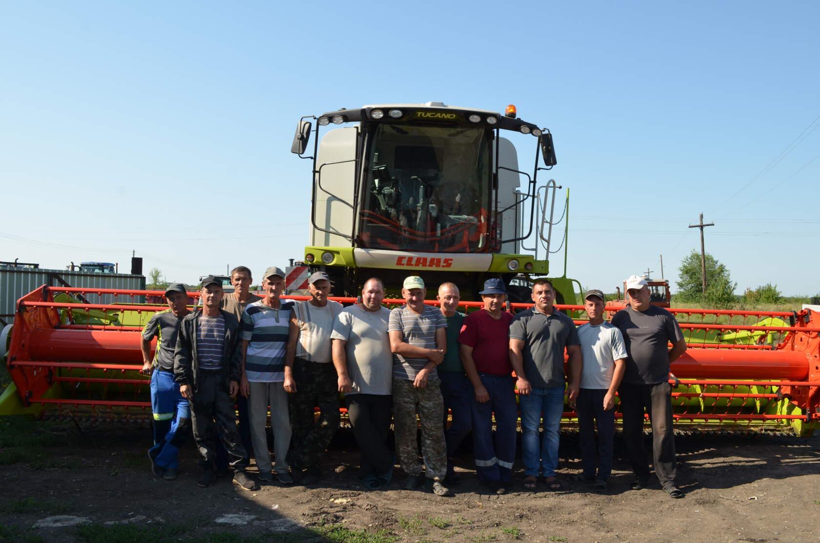 Петровские хлеборобы получили благодарности от руководства района