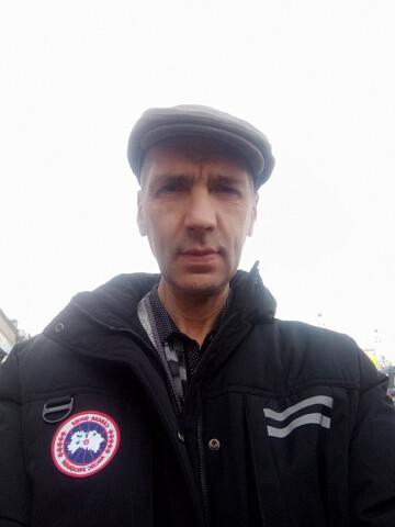 Igor, 49, Artem