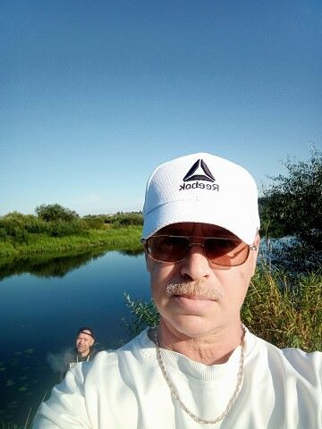 Виталий, 49, Minsk