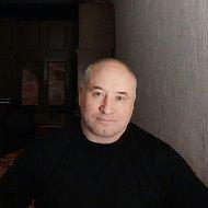 Николас Деринг(поэт и продюсер)