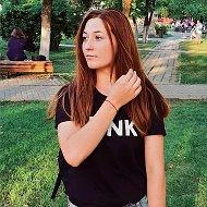 Виктория Ефанова
