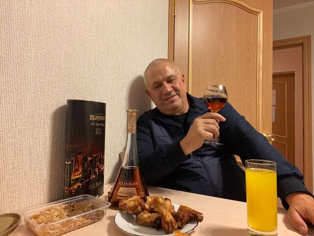 Василий, 60, Yekaterinburg