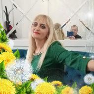 Зинаида Невар