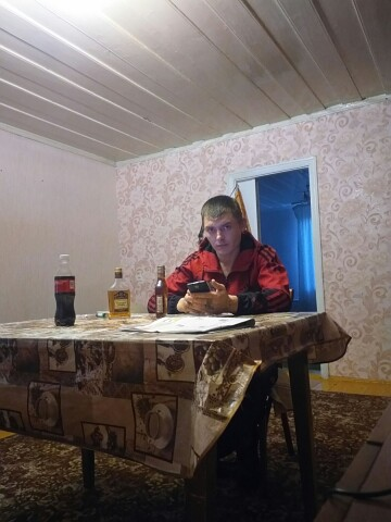 Виктор, 35, Surovikino