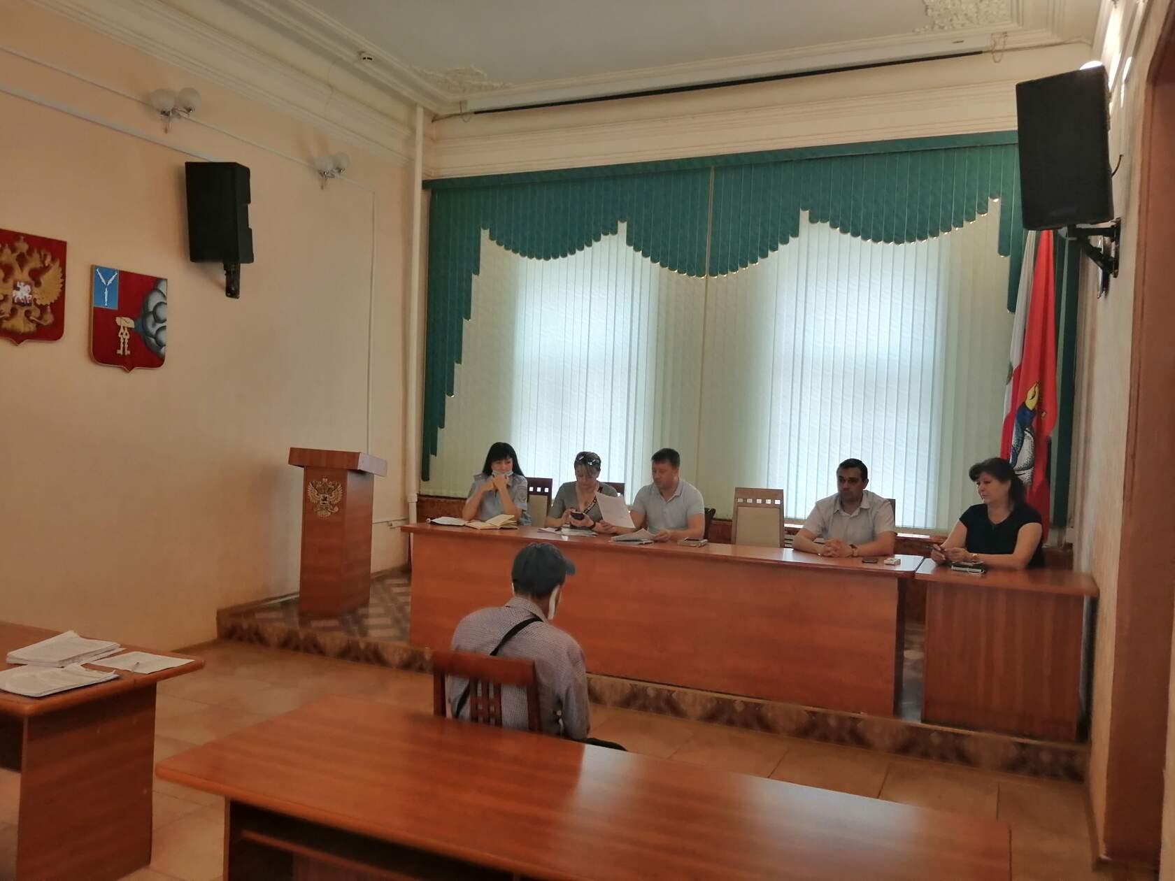Административная комиссия рассмотрела 12 протоколов о правонарушениях