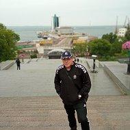 Виталий Суслов