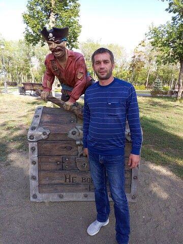 Василий, 38, Kommunisticheskiy