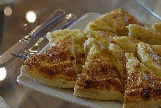сыр фета в ароматном и пряном оливковом масле