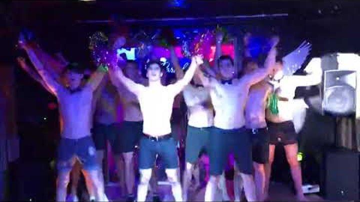 Видео гей клуб москва я в ночном клубе фото