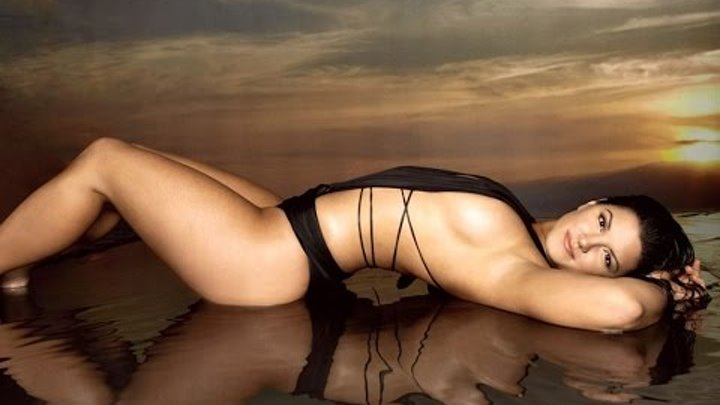 Maxim gina carano Gina Carano,