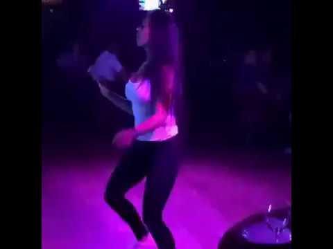 Как танцевать в ночном клубе для девушек видео wellness клуб москвы