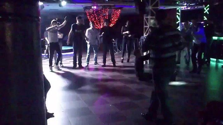 Брянском ночном клубе велес официальный сайт клуба рай москва